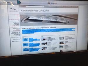 borne tactile jaguar connectee navigateur web