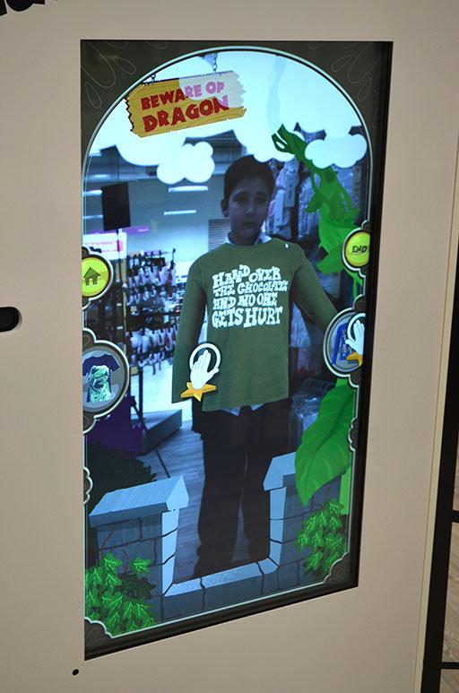 Tesco utilise un miroir interactif dans un de ses magasins