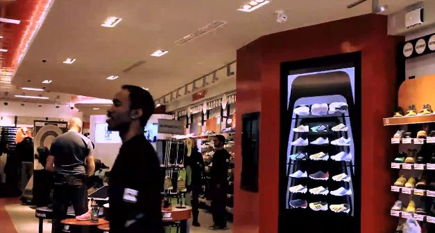 La technologie a un rôle central dans le magasin Sport Check