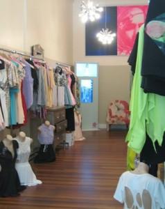 L'enseigne australienne Princess Polly a installé un miroir tactile et connecté dans un des ses magasins.