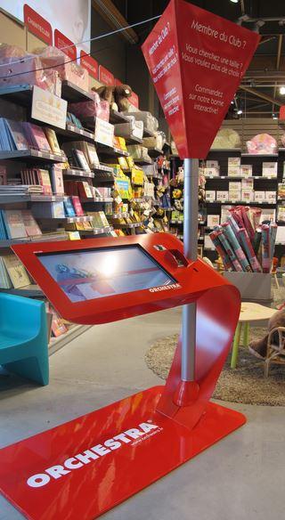 Orchestra prend la direction des magasins connectés avec ces dispositifs tactiles