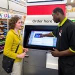 Des dispositifs interactifs dans les magasins Staples