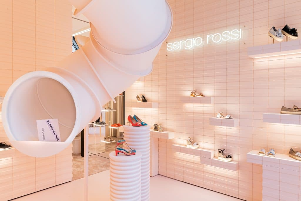 Sergio Rossi, son pop up store phygital à Milan