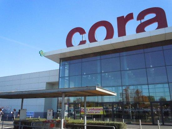 Cora va tester les corners Easy Cash