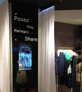 magasin-morgan-miroir-connecte-twitter